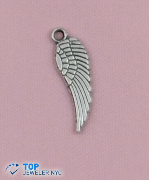 Indian feather hat shape steel Pendant Silver plated.
