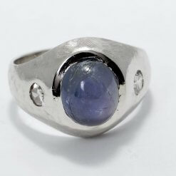 Vintage 14 K Star Sapphire ap 4.75 ct Awesome Ring